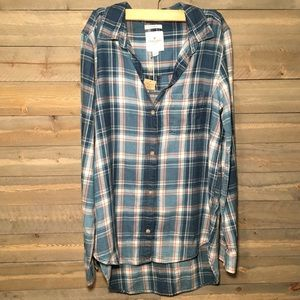 American Eagle boyfriend medium laid shirt